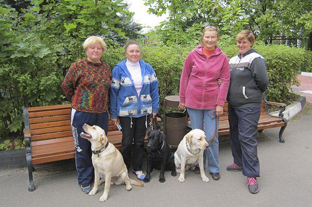 Собаки-поводыри дают людям, лишенным зрения, шанс на полноценную жизнь.