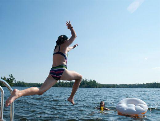Прикарпатці продовжують порушувати правила поведінки на воді