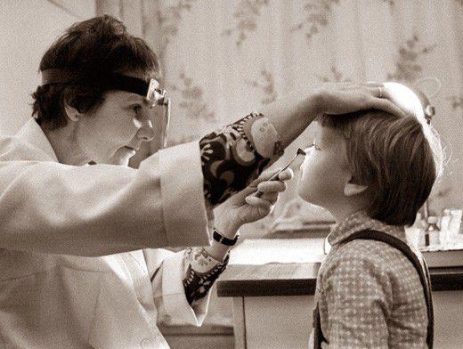 В каких случаях удаляют аденоиды у детей
