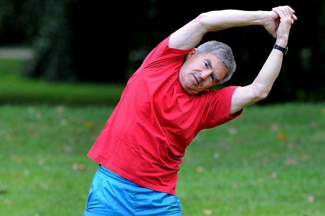 После 45 лет нужно дважды в год сдавать кровь на онкомаркеры