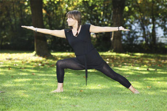 20 минут йоги для улучшения растяжки: образ жизни: здоровье.