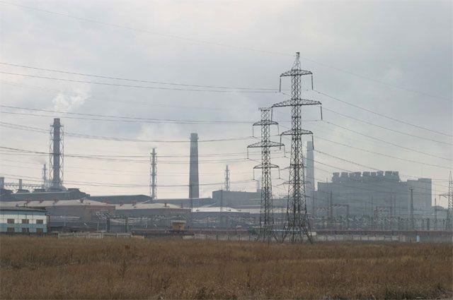Красноярский алюминиевый завод вовсю дымит, но экологов это не слишком беспокоит.