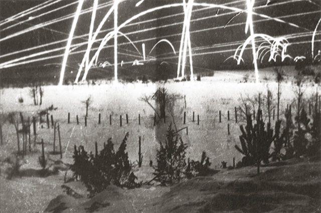 Сигнальные ракеты над советско-финляндской границей, первый месяц войны.