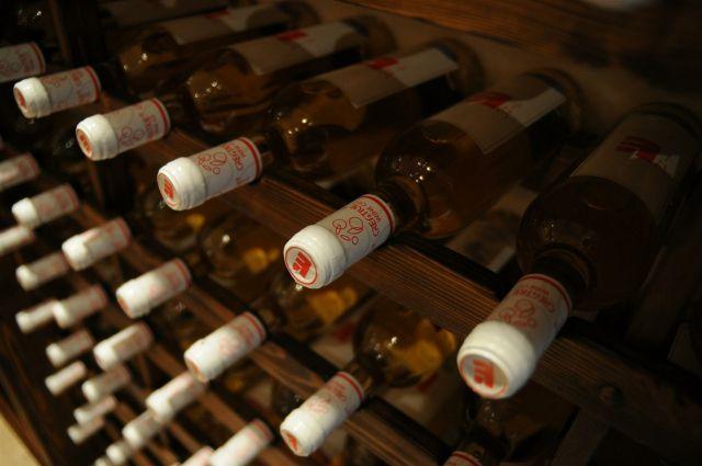 Старого алкоголя скопилось много. Продадут ли всё к маю?
