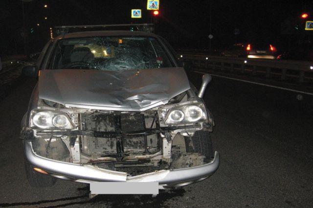 Авто после столкновения с пешеходом