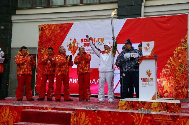 Олимпийский огонь достиг красноярской земли.