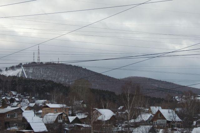 Геологи рассказали о происхождении самых заметных гор в черте города.