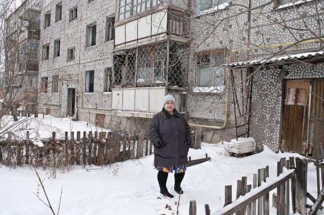 Жильцы уверены, что такие дома как у них, нужно сносить, а не ремонтировать.
