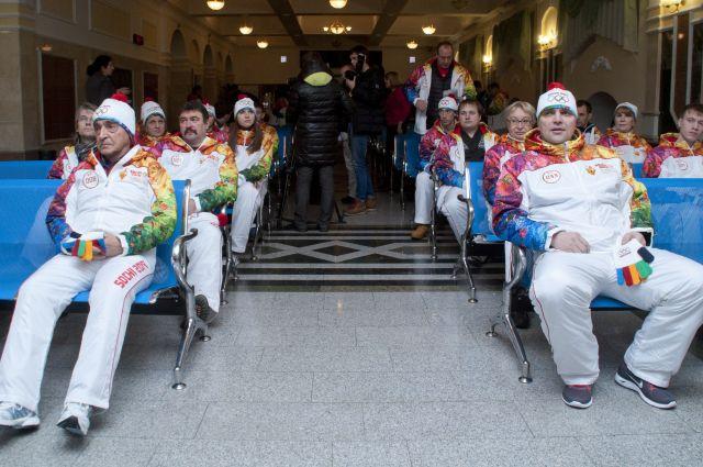 На ж/д вокзале в Омске Олимпийский огонь ждут с нетерпением!