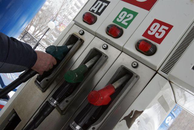 Дизельное топливо в Омске стало стоить дороже 95-го бензина.