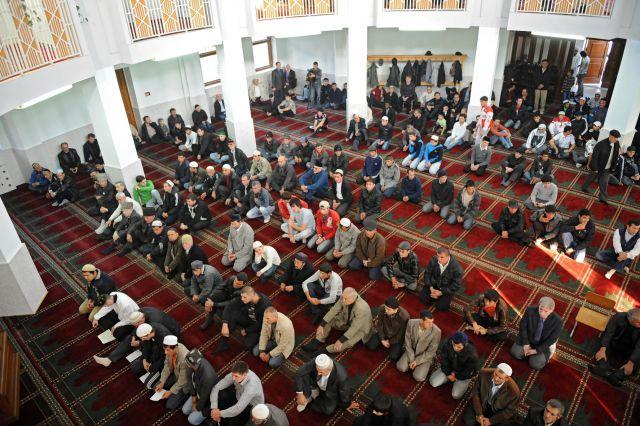 В Ростове хотят увеличить площадь мечети.