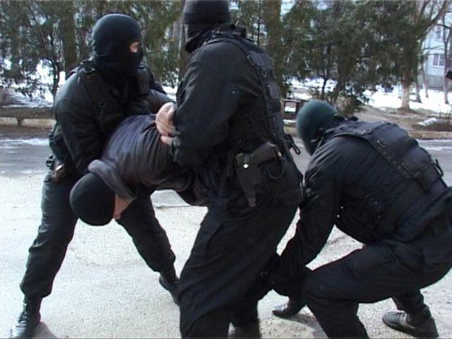 В Ростове задержали банду автоугонщиков.