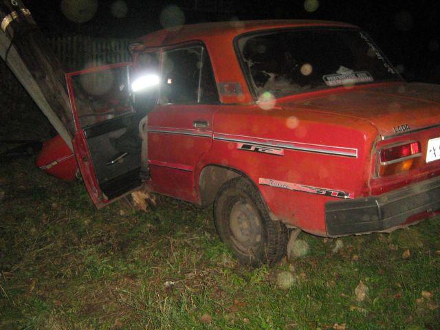 В Ростовской области водитель «ВАЗ-2103» погиб, врезавшись в столб
