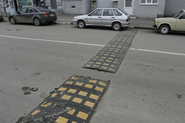 В Ростове хотят обустроить переходы вблизи всех учебных заведений Ростова «лежачими полицейскими»