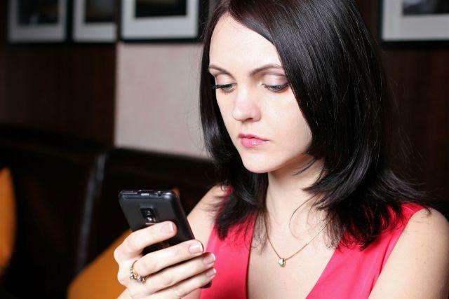 Жителям Дона предоставлена возможность оценить качество услуг c помощью мобильных приложений.
