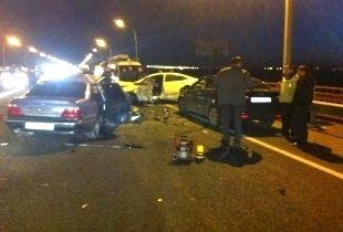 В районе Тачанки 35-летний водитель автомобиля «Хендай Солярис» выехал на полосу встречного движения и лоб в лоб столкнулся с автомобилем «Дэу Нексия».