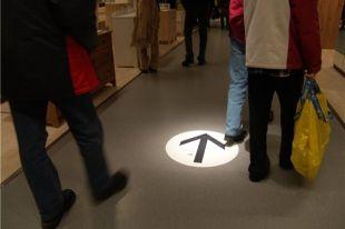 В ростовском торговом центре ограбили магазин одежды.