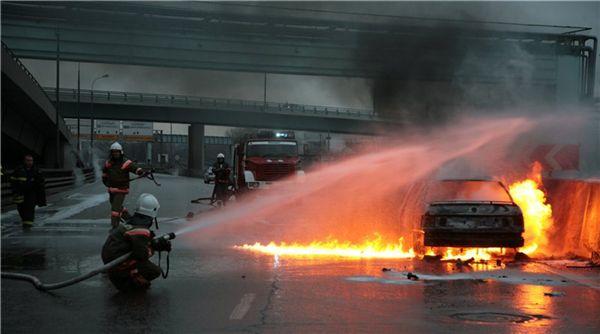 В Тольятти за ночь сгорели шесть автомобилей