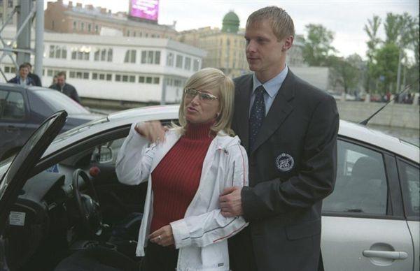 жена известного футболиста разбилась на бентли клип