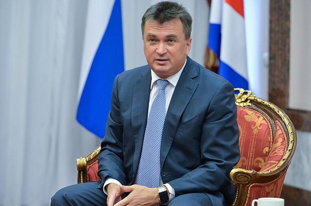 Владимир Миклушевский в ходе рабочей поездки в Черниговский район провёл приём граждан по личным вопросам.
