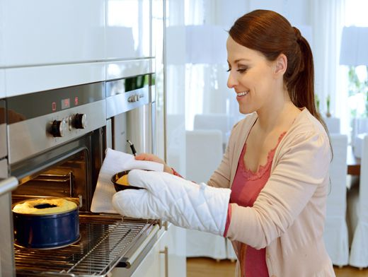 почему не поднимается кекс в духовке
