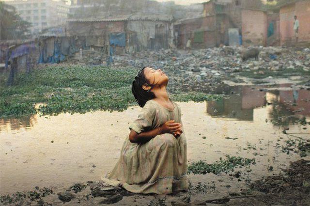 Кэтри Бу «В тени вечной красоты. Жизнь, смерть и любовь в трущобах Мумбая»