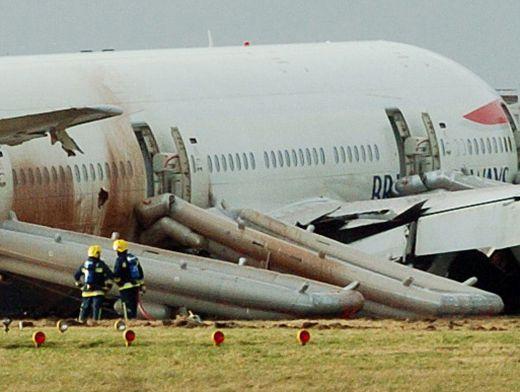 Остаться в живых. Топ-7 историй людей, спасшихся в авиакатастрофах
