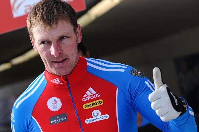 Россиянин Александр Зубков на восьмом этапе кубка мира по бобслею в австрийском Иглсе.