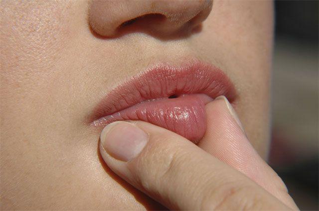 Что герпес и посинение губ может рассказать о проблемах в организме? Ответы Вопрос-Ответ Аргументы и Факты