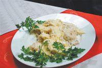 Знаменитые уральские пельмени можно заказать почти в любом ресторане Челябинска.