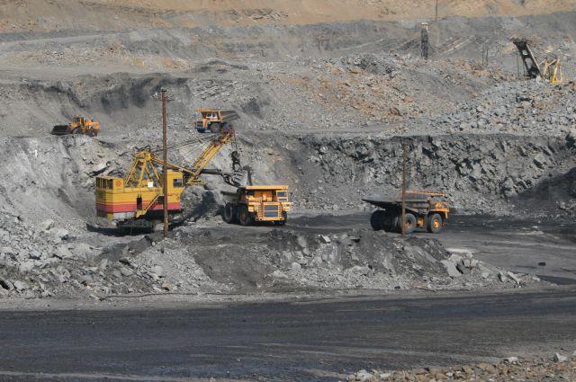 13:16 2 129 В Ростовской области пресекли незаконную добычу угля По данным МВД незаконно добыто почти миллион тонн