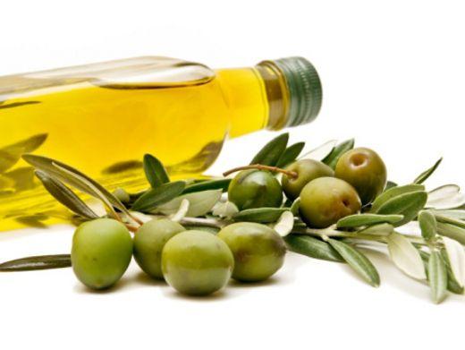 Теплое оливковое масло волос
