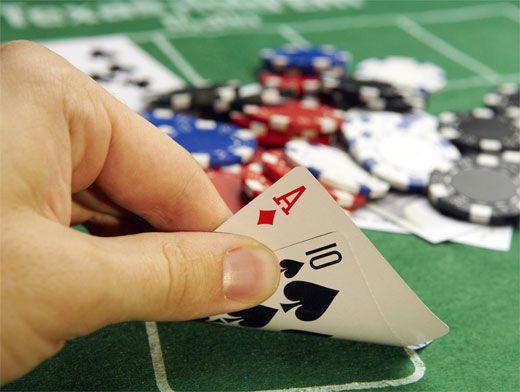 Кто выводил деньги с grand-casino
