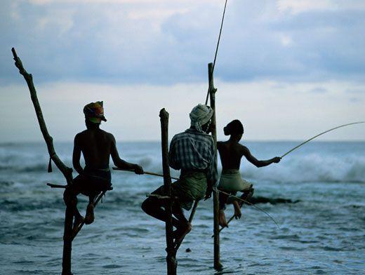 рыбаков переодели