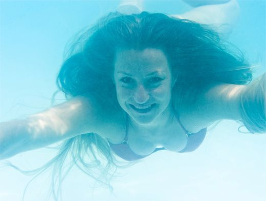 После бассейна чешется тело что делать