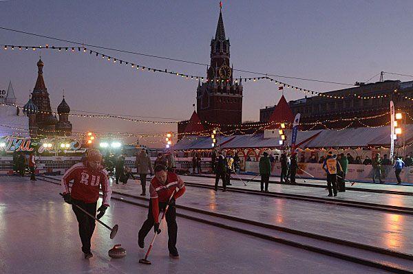 Керлинг москва красная площадь бикини история