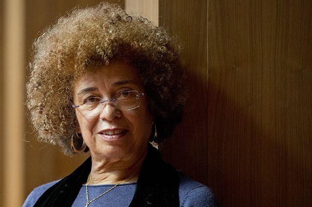 Американская правозащитница Анджела Дэвис