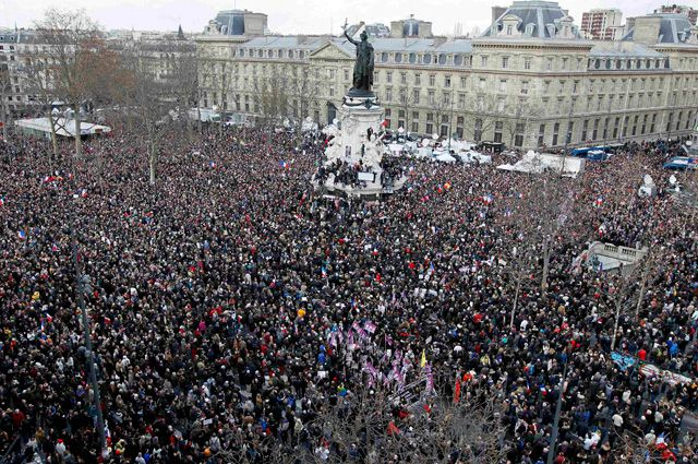 Республиканский марш единства за свободу и мир против террора.