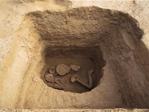 В селе сростки обнаружили древнее тюркское захоронение общес.
