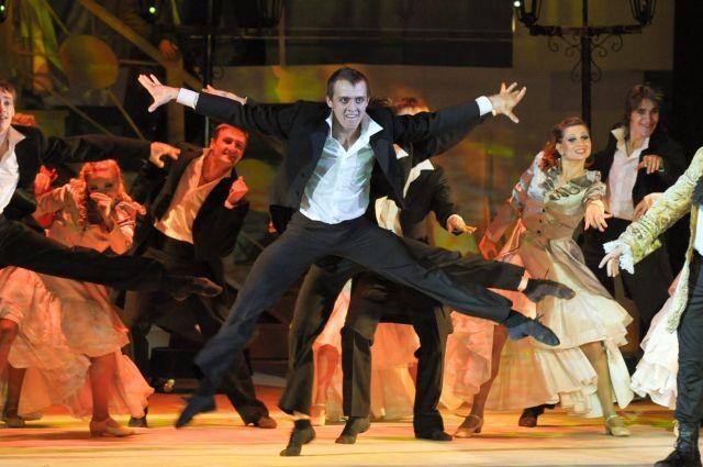 Спектакль «Амадей», который ставила Татьяна,  произвел фурор в театральной жизни Барнаула.
