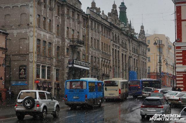 Автобусов во Владивостоке становится всё больше.