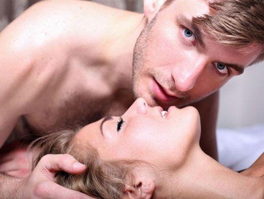 Показать секс между мужчиной и женщиной фото 144-486