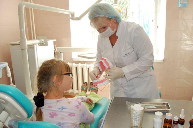 Съёмный протез можно ставить даже детям