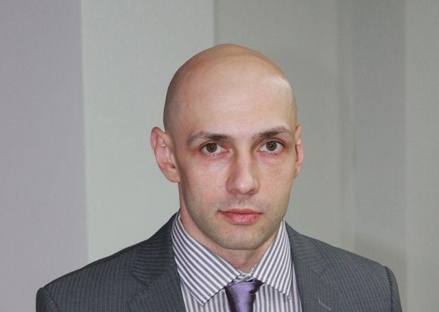 Денис Новиков