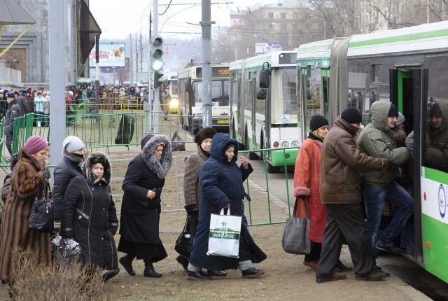 После повышения цен на проезд, многим омичам станет не по карману передвигаться на общественном транспорте.