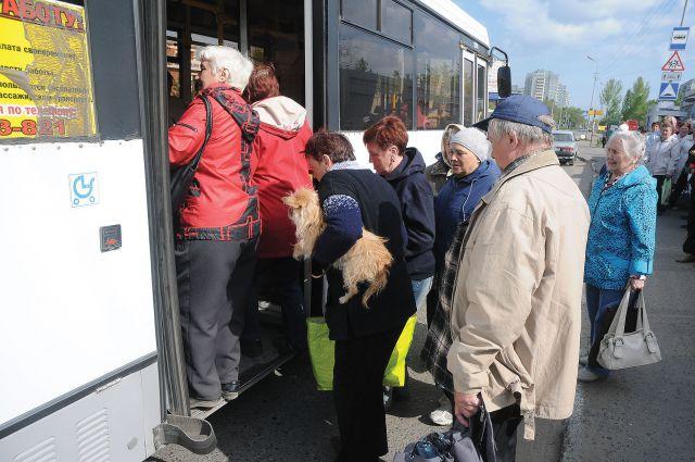 Проезд в общественном транспорте - целое путешествие.