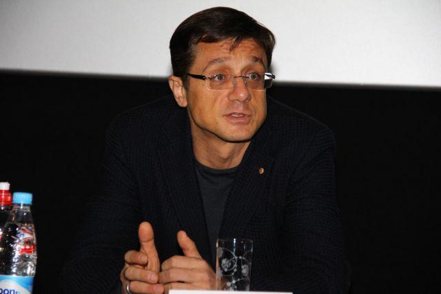 Алексей Макаров привез в Омск фильм «Три мушкетера».