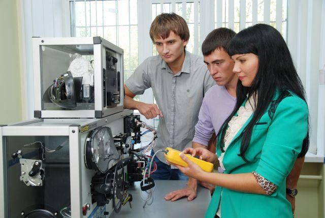 Обучение проводится на современном оборудовании.