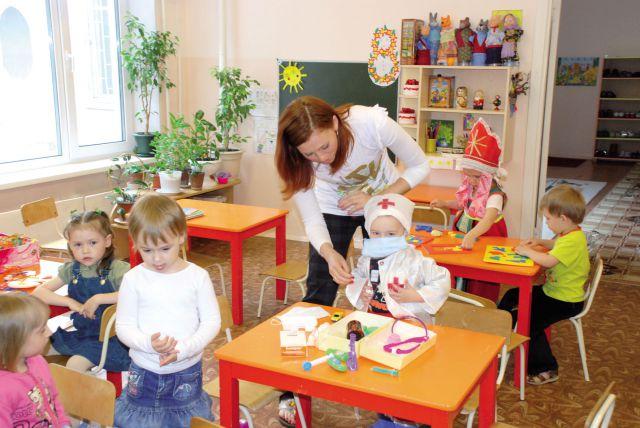 Подготовка к школе для ребёнка лучше в детсаду.