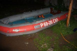 Трое рыбаков пропали у села Саратово Омской области.